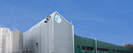 ESTERFORM has chosen SIPA SFL 4/4 WM for its growing PET jar business