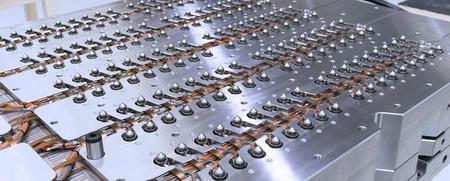 PET 瓶坯热流道系统中的除尘单元 XACTIVE-CLEANING